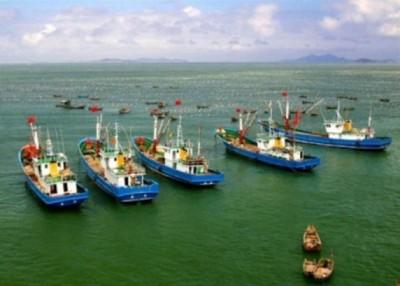 汪洋华夏渔船出现在朝鲜半岛东部海域。