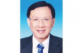 槟岛市政厅秘书拿督洪永泰DSPN。