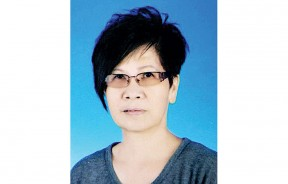 东北县新闻局辖下巴当哥打区主席 冯秋燕 PJK