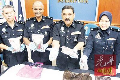 麦都(左2)周五召开记者会,宣布西南县警方2日内成功捉获3名贩毒者,左起为颜永俊、安华及莎拉瓦蒂。