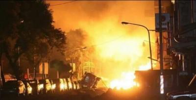 喀布尔一样里宾馆遇袭,来爆裂。
