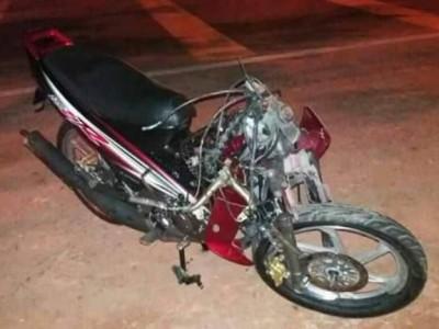 哈山阿里的摩托车在肇祸后被撞得毁不成形。