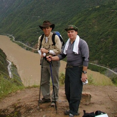 斯内登的兄弟曾往中国寻找他的下落。