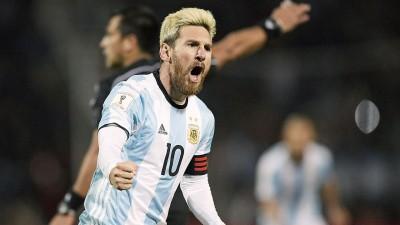 梅西在对阵乌拉圭的硬仗带伤上阵,结果导致伤势恶化,无缘下一轮比赛。