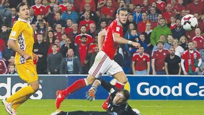 拜尔已是威尔斯最强大腿。