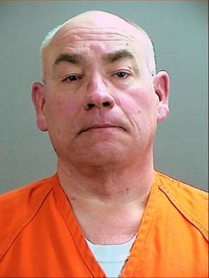 海因里希在法庭上承认杀人。