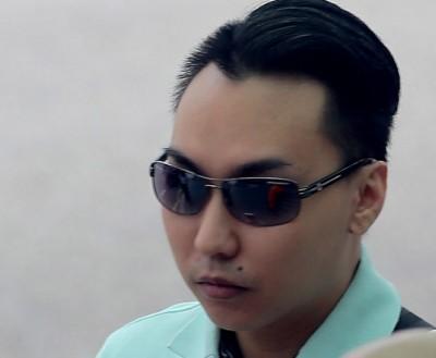 被告陈光伟涉嫌虐待同居女友的1岁儿,周一早被判坐牢6年6个月及打鞭6下。