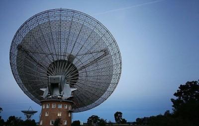 澳洲帕克斯天文台雷达。