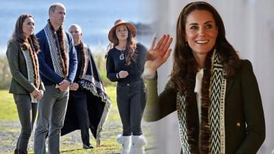 威廉与凯蒂到访原住民社区,获赠海獭毛皮。