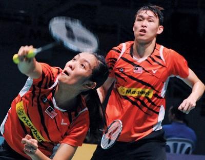 混双陈健铭\赖沛君速胜。