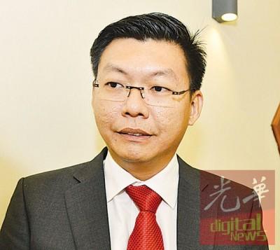 郑来兴:将催促槟岛市政厅尽快批准申请,让店主尽早完工。