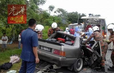 沙巴州古打毛律县今日上午出涉及4辆车子的6怪5危严重车祸。