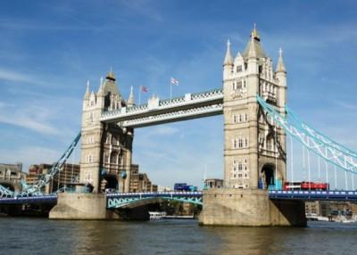 英国伦敦塔桥周六起关闭。