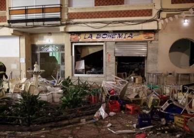 咖啡店严重受损。