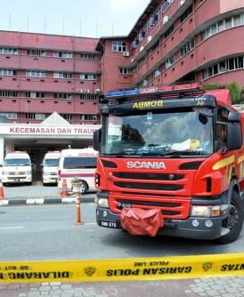 新山中央医院周三下午传出小火警,消拯队赶抵现场控制情况后即撤离,事故没有造成任何伤亡。