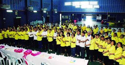 红打马华妇女组决心和党上下一心,来到大选捍卫2州席及重夺得4单失利国州席。
