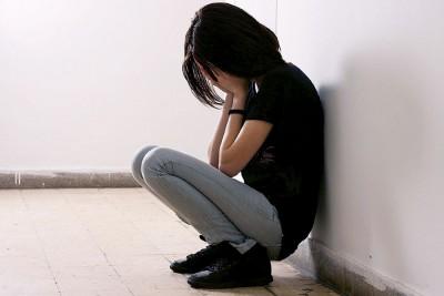 我国每3人中就有1人面对精神问题,当中以16岁至19岁之间及来自低收入家庭的年轻人居多,而沮丧也是精神问题之一。