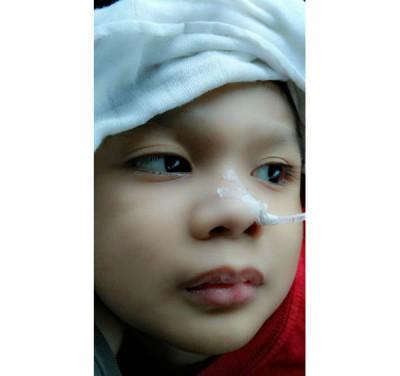 患先天痉挛性脑瘫的小安佑在睡梦中悄悄的走了。