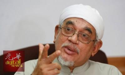 哈迪阿旺提醒非穆斯林政治人物,并非学习雅加达华裔省长钟万学。