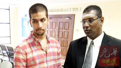 被告莫哈最后亚哈山(左)跟雷尔(右)朝媒体说明其受到。