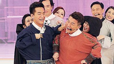 马国明(左)叫唐诗咏打洪永城(右)。