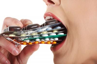 预计全球有70万人的死亡与抗生素导致的耐药菌息息相关。(网络照片)
