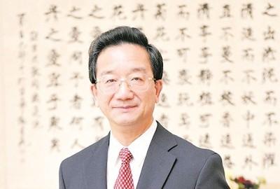 黄惠康指,『马中两国是亲人,亲人不开损害亲人的业务。』(资料图片)
