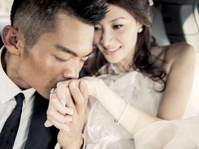 """林丹和谢杏芳的婚姻随着谢杏芳表示将""""风雨同舟"""",而暂时结束危机。"""
