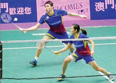 陈健铭/赖沛君在澳门羽赛首次不敌香港的邓俊文/谢影雪,止步半决赛。