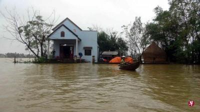 持续8天的大雨和cabet990亚洲城手机版,已经致越南中部17人死亡。
