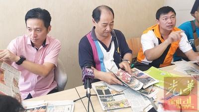 北马大旗鼓公会会务顾问胡栋强及总教练李国恭,副教练雷世明(中及右)抨击州政府推动文化开倒车。