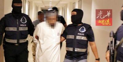 公安部积极对付恐怖分子,被百姓平安度过佳节。(档案照)