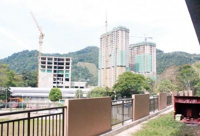 私人发展商在养正华小附近建中廉价屋及可负担房屋。