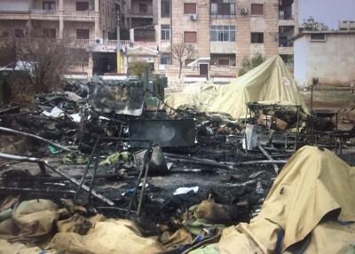 俄罗斯流动军事医院周一遭到轰炸后,现场满目疮痍。