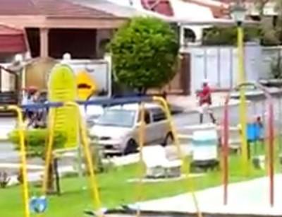 匪徒作案过程的短片在网络流传。