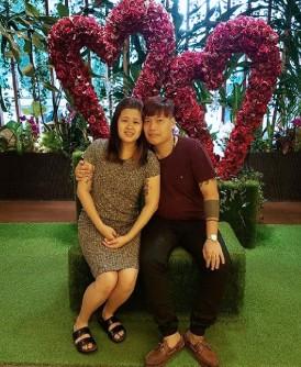 同为乩童的刘静铃(左)和欧阳俊杰,相恋2年后,周六共结连理。