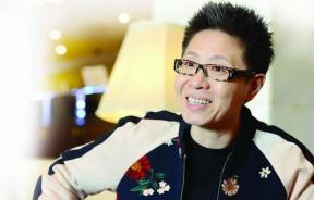 丁晓雯对歌手的严格要求,因而成功捧红了许多大牌歌星。