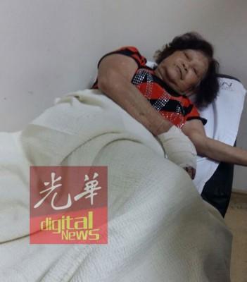 与丈夫共骑一辆摩托车的陈清燕,车祸后受伤入院。