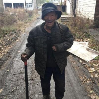 留守松汀村的大多是老人。
