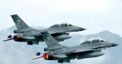 台军一度出动F16等战机升空警戒监视。