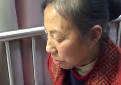 胡蓉指阳阳母亲跟女邻居有经济矛盾。