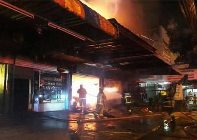 宾馆东一家五人惨遭烧死。