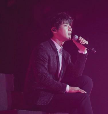 黄致列重现多首《我是歌手》参赛曲目,让歌迷听得过瘾。