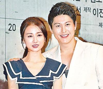 朴河宣与柳秀荣将于本月结婚。