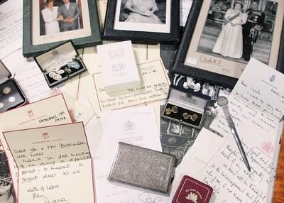 戴妃亲笔信以高估价的1.5万英镑成交。