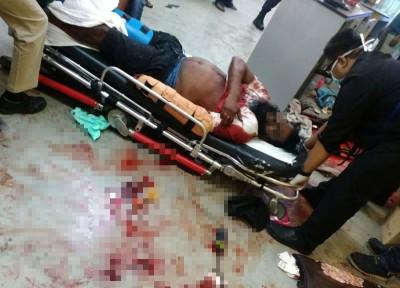 死者的友人也在混乱中被刺伤,场面血腥。