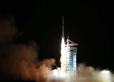 中国将于2020年发射首个火星探测器,一次实现火星环绕和着陆巡视探测。