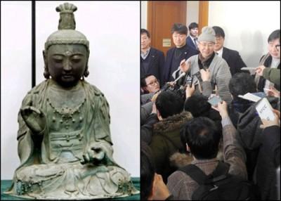 法院裁定观音像(左图)归还给浮石寺;浮石寺住持圆牛(右图中)接受记者访问。