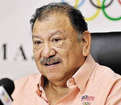 东姑英南在周二大马奥理会执委会议后,通告将起吉隆坡东运会仲裁庭。