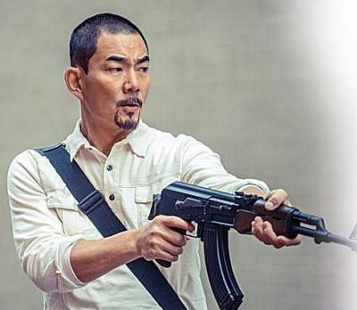 任贤齐在《树大招风》卖力演出。